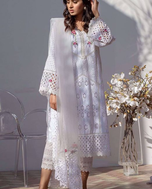 Farida Hassaan Chicken Kari Luxury Lawn Collection D-65-1